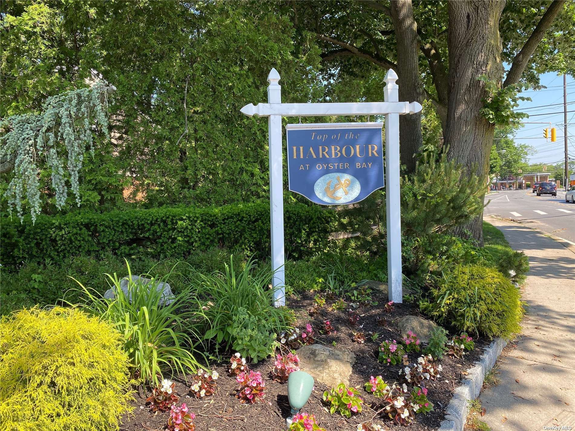Photo of 1 Anchorage Lane #8A, Oyster Bay, NY 11771 (MLS # 3319469)