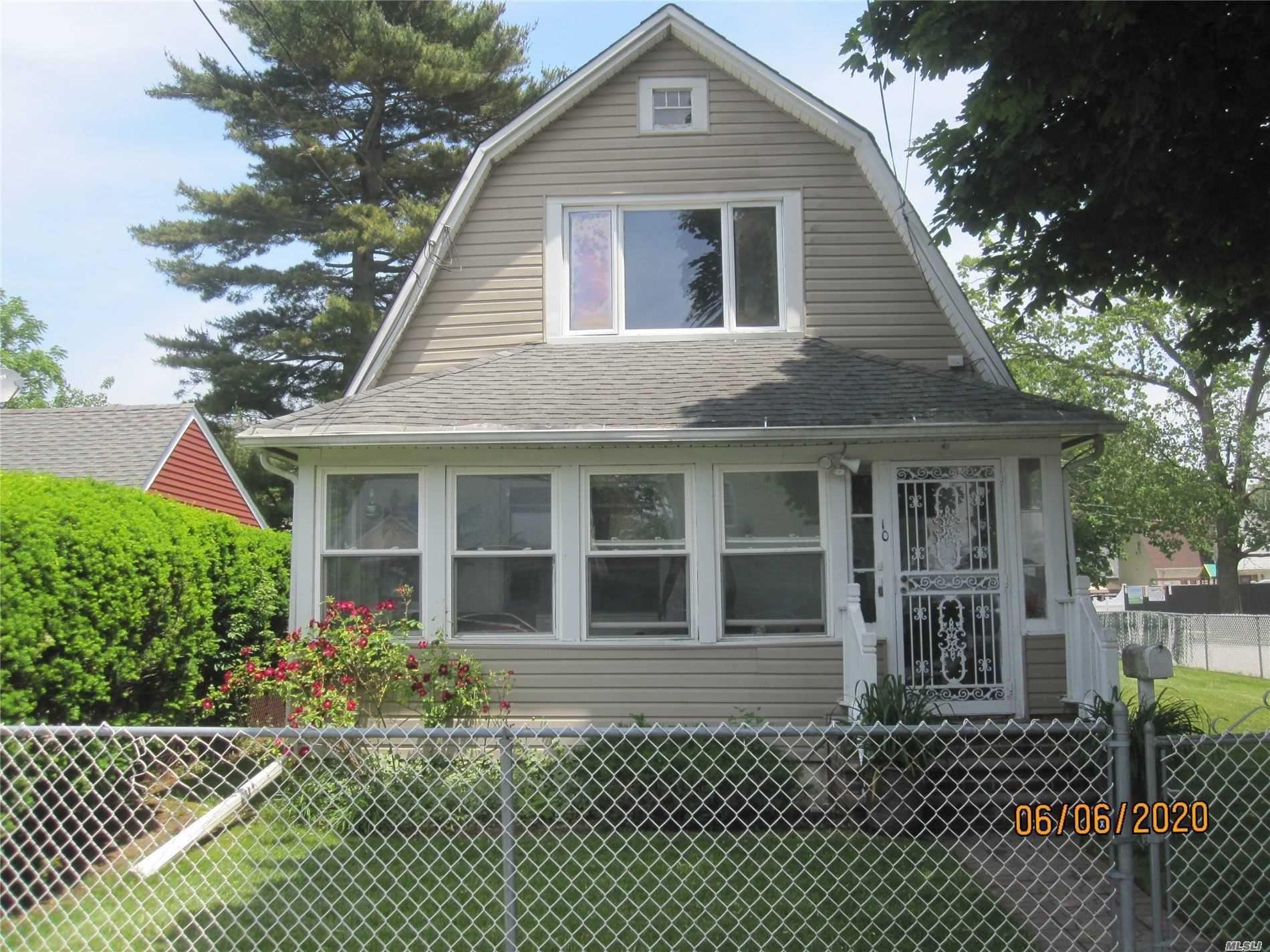 10 3rd Pl, Roosevelt, NY 11575 - MLS#: 3221470