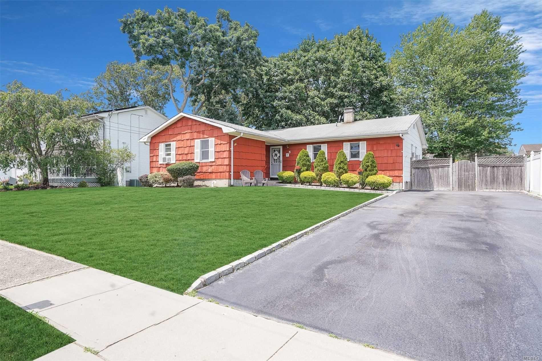 5 Sutton Place, Ronkonkoma, NY 11779 - MLS#: 3239471