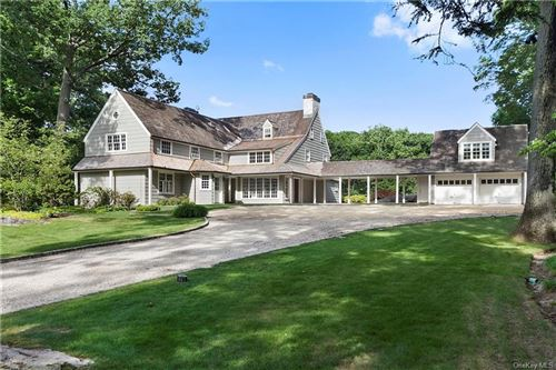 Photo of 10 Frog Rock Road, Armonk, NY 10504 (MLS # H6060472)