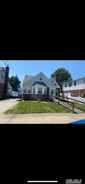 56 Madison St, Franklin Square, NY 11010 - MLS#: 3227472