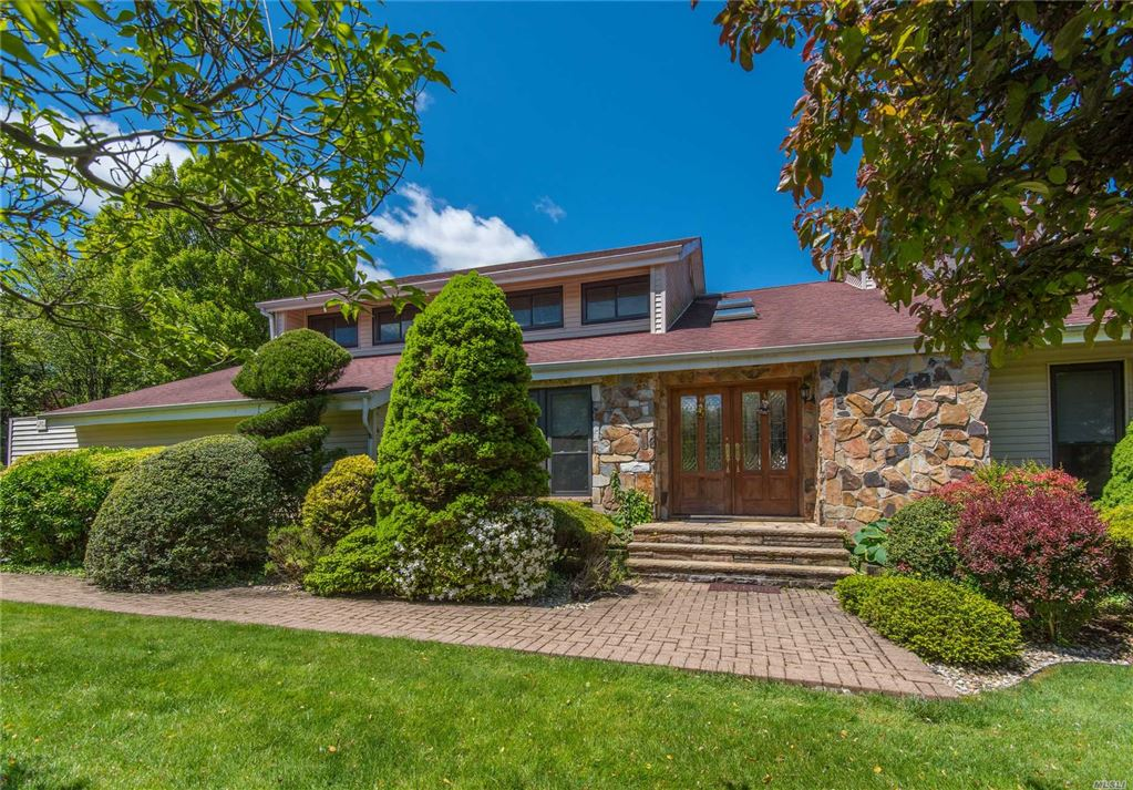 15 E Artisan Avenue, Huntington, NY 11743 - MLS#: 3089473