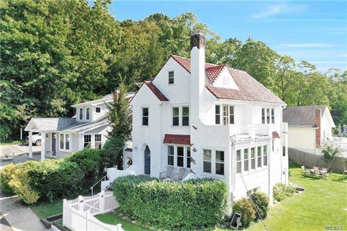 Photo of 12 Terrace Place, Cold Spring Hrbr, NY 11724 (MLS # 3255474)
