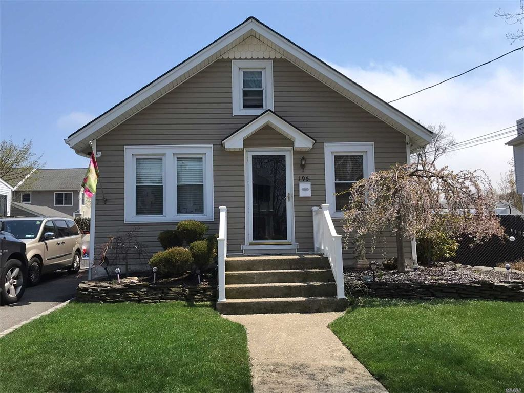195 Park Avenue, Freeport, NY 11520 - MLS#: 3025476