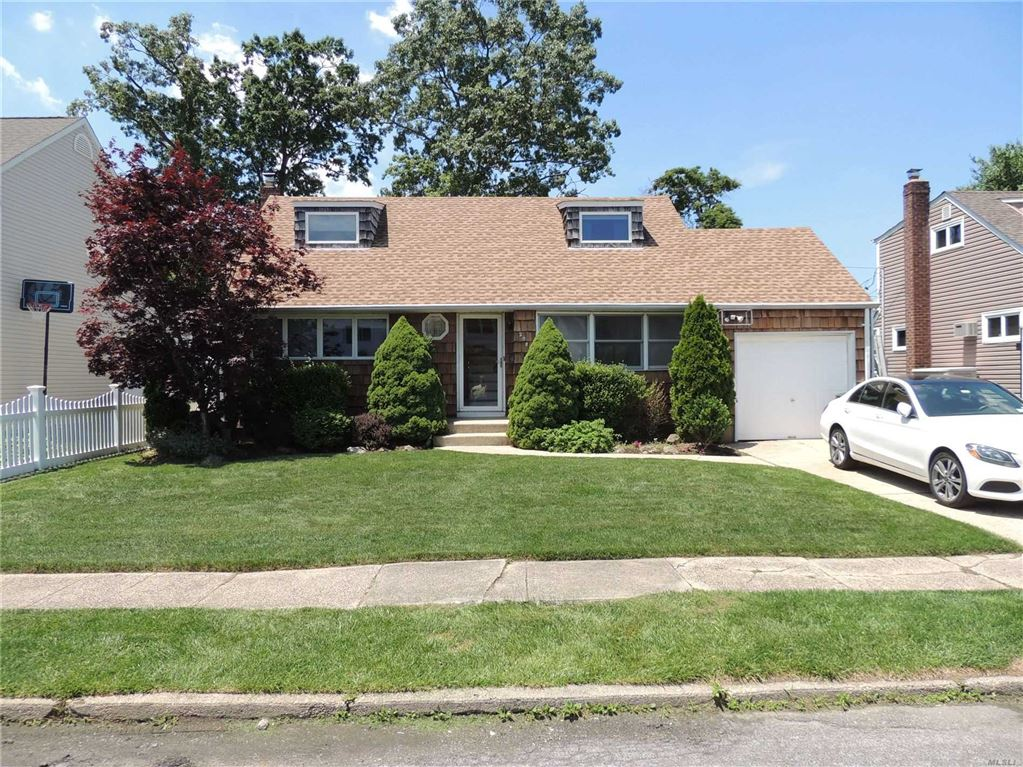2082 Alan Drive, Seaford, NY 11783 - MLS#: 3145477