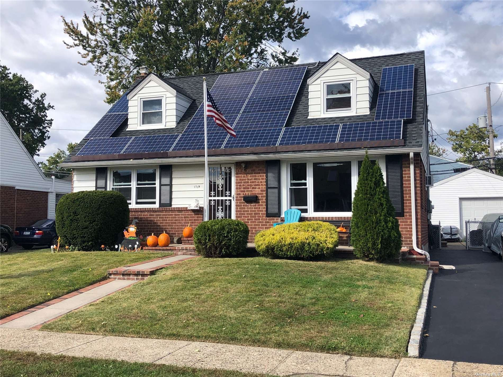 1719 Francis Drive, East Meadow, NY 11554 - MLS#: 3350478