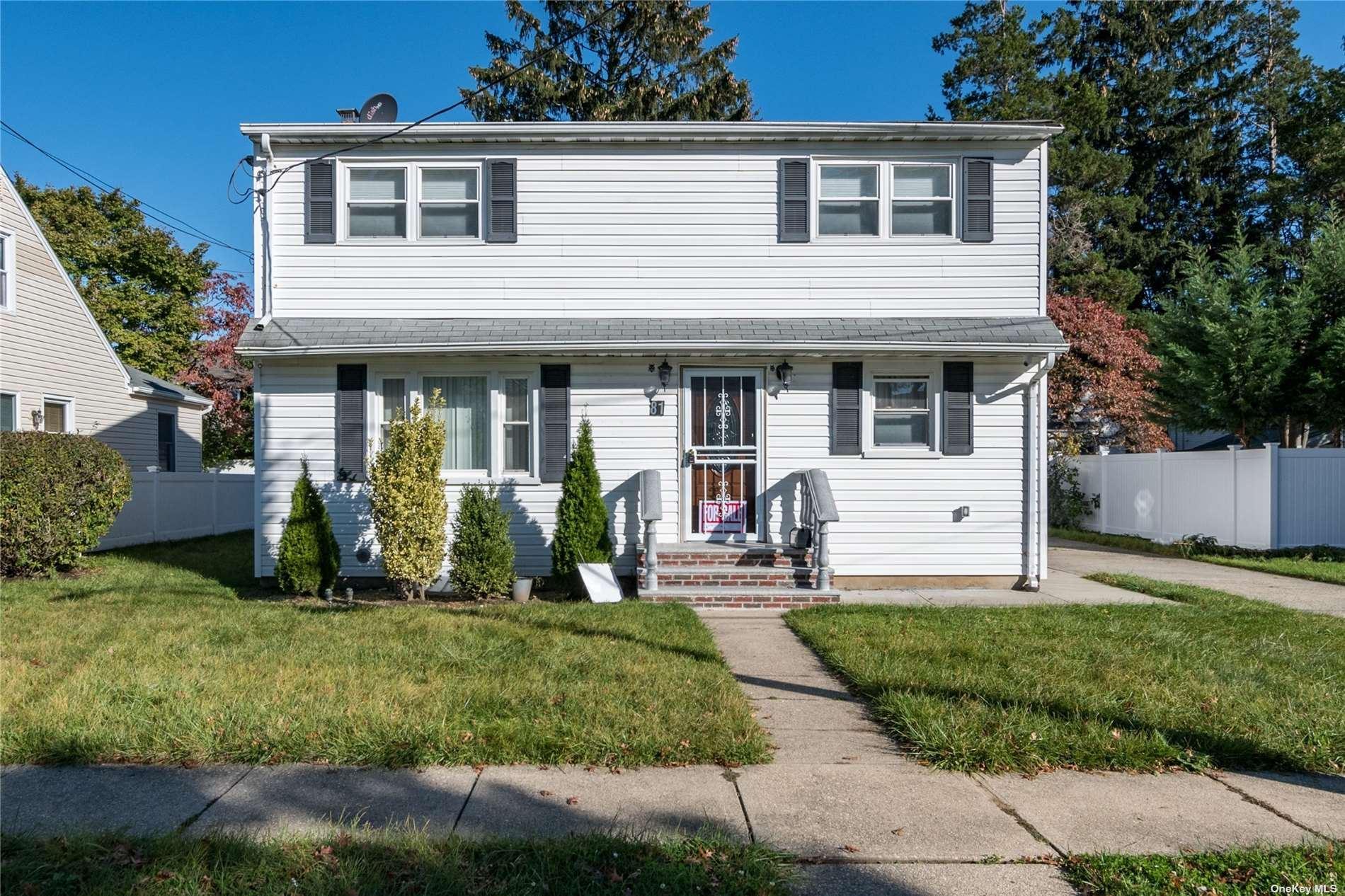 81 Center Street, Hicksville, NY 11801 - MLS#: 3354480