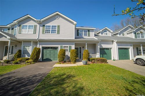 Photo of 147 Willow Wood Drive, Oakdale, NY 11769 (MLS # 3304482)