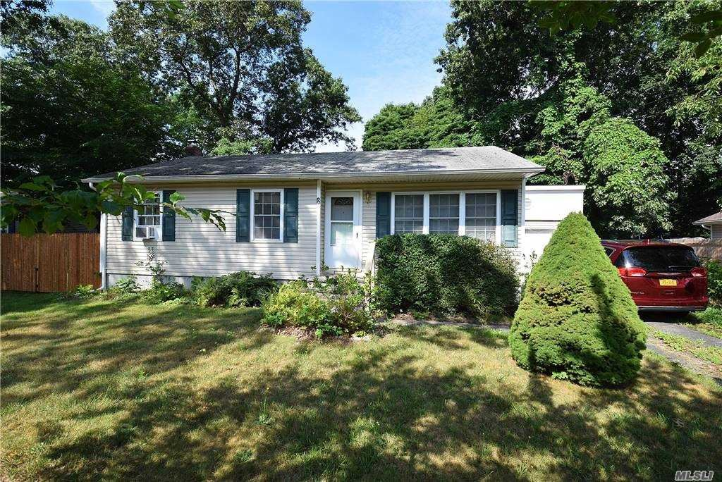 8 Pine Cone Street, Middle Island, NY 11953 - MLS#: 3253482