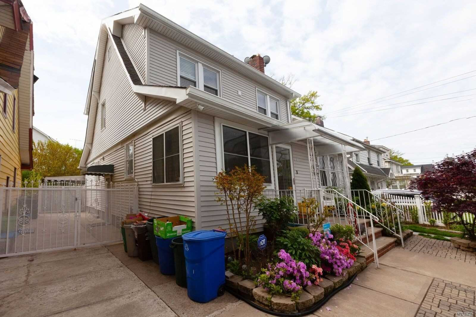 21214 110 Avenue, Queens Village, NY 11429 - MLS#: 3216483