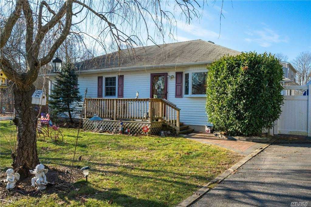 481 W End Ave, Shirley, NY 11967 - MLS#: 3280483