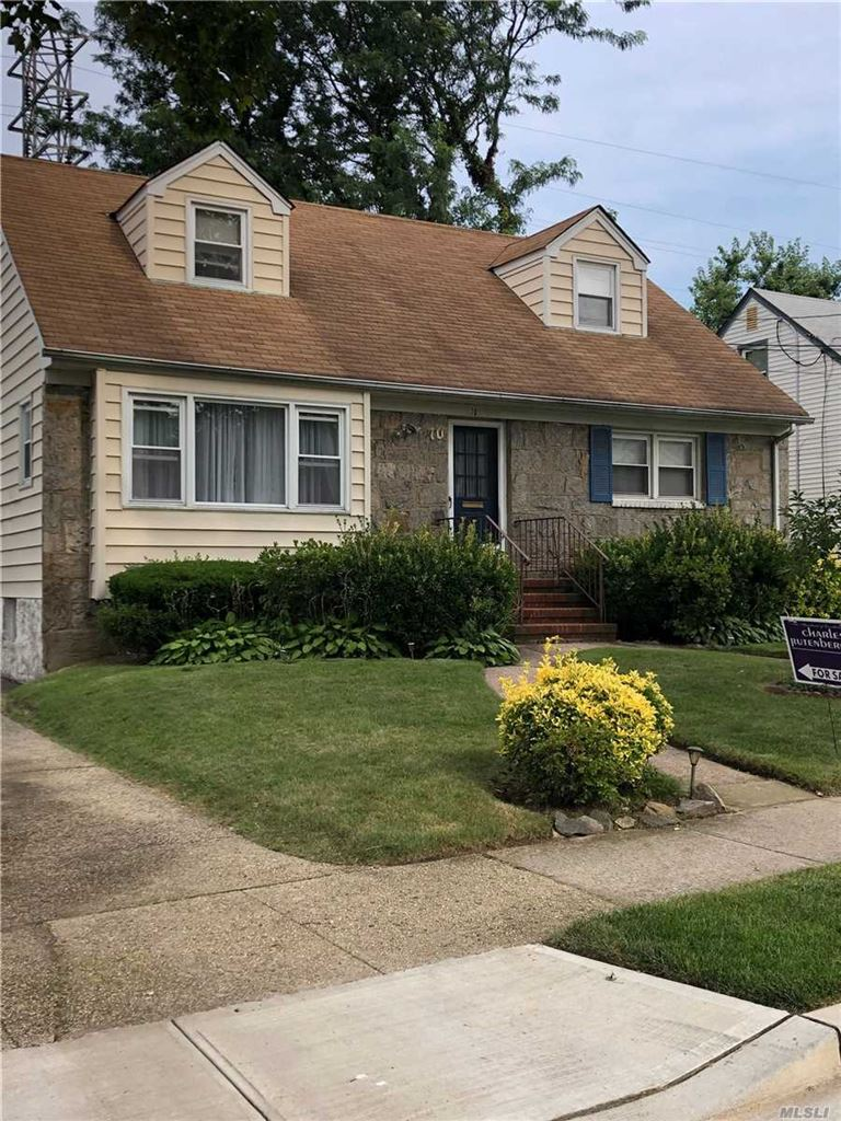 70 Piccadilly Downs, Lynbrook, NY 11563 - MLS#: 3152484
