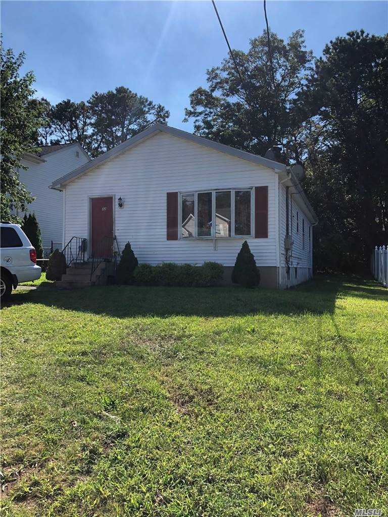 132 N 24th St, Wheatley Heights, NY 11798 - MLS#: 3249484