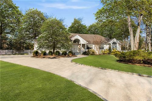 Photo of 3 Old Fields Lane, Quogue, NY 11959 (MLS # 3194485)