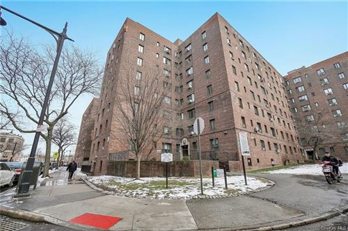 Photo of 1690 Metropolitan Avenue #6C, BRONX, NY 10462 (MLS # H6099488)