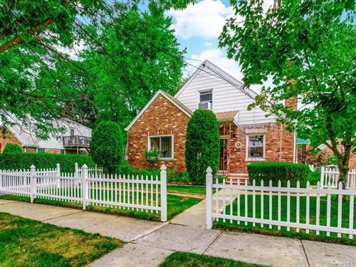 Photo of 1500 Nepperhan Avenue, Yonkers, NY 10703 (MLS # H6059490)