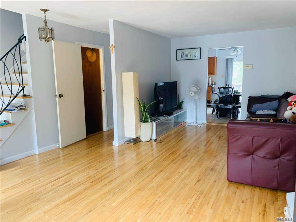 239-19 65 Ave, Douglaston, NY 11362 - MLS#: 3226492
