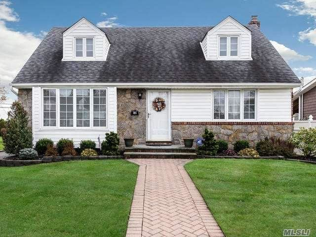 12 Cromwell Road, Carle Place, NY 11514 - MLS#: 3136496