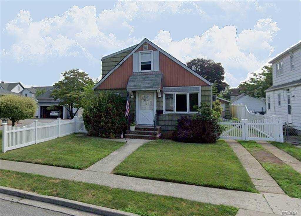 39 Sycamore, West Hempstead, NY 11552 - MLS#: 3262496