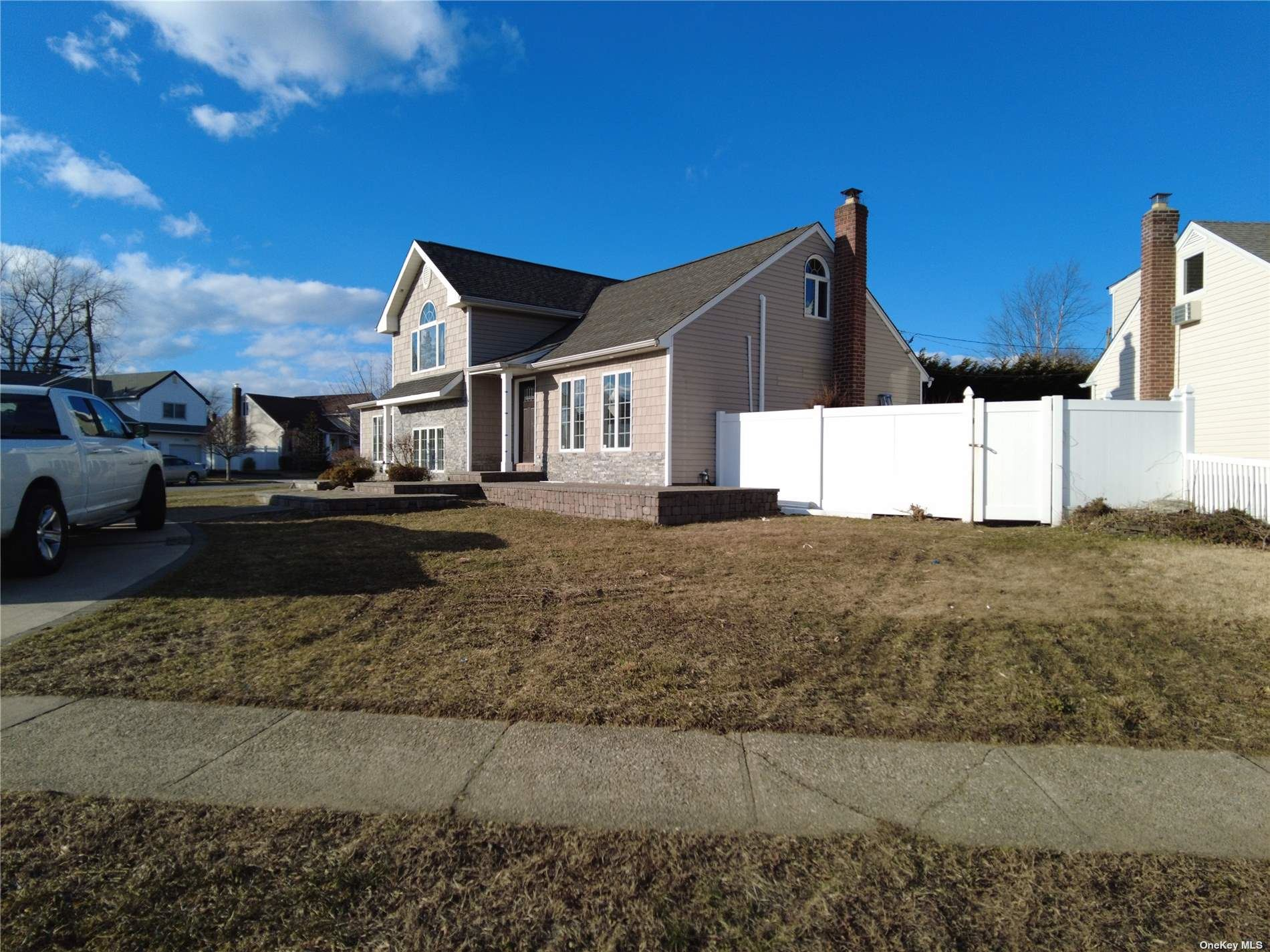 Photo of 59 N Pine Street, Massapequa, NY 11758 (MLS # 3287496)