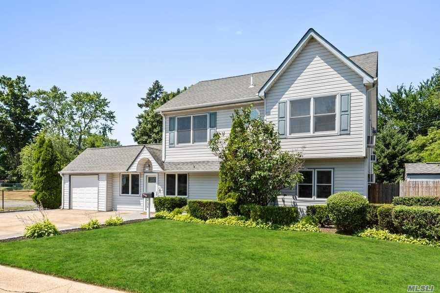 134 Sprucewood Drive, Levittown, NY 11756 - MLS#: 3230498