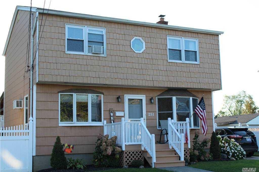 251 Phyllis Drive, Lindenhurst, NY 11757 - MLS#: 3259498