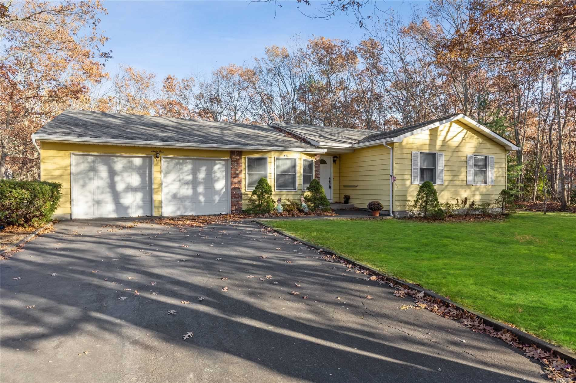 61 Florence Drive, Manorville, NY 11949 - MLS#: 3182499