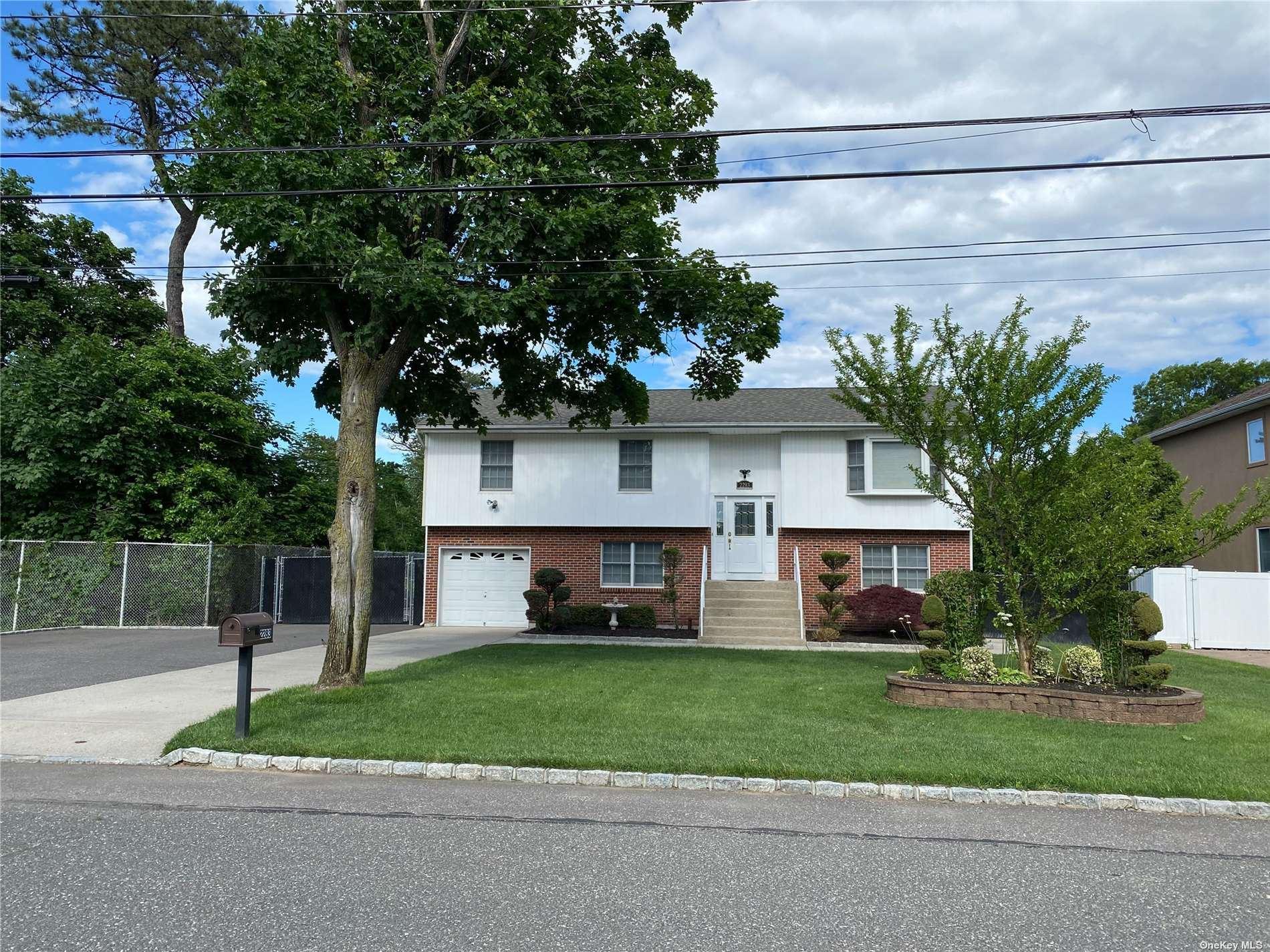 2283 Elm Avenue, Ronkonkoma, NY 11779 - MLS#: 3352501