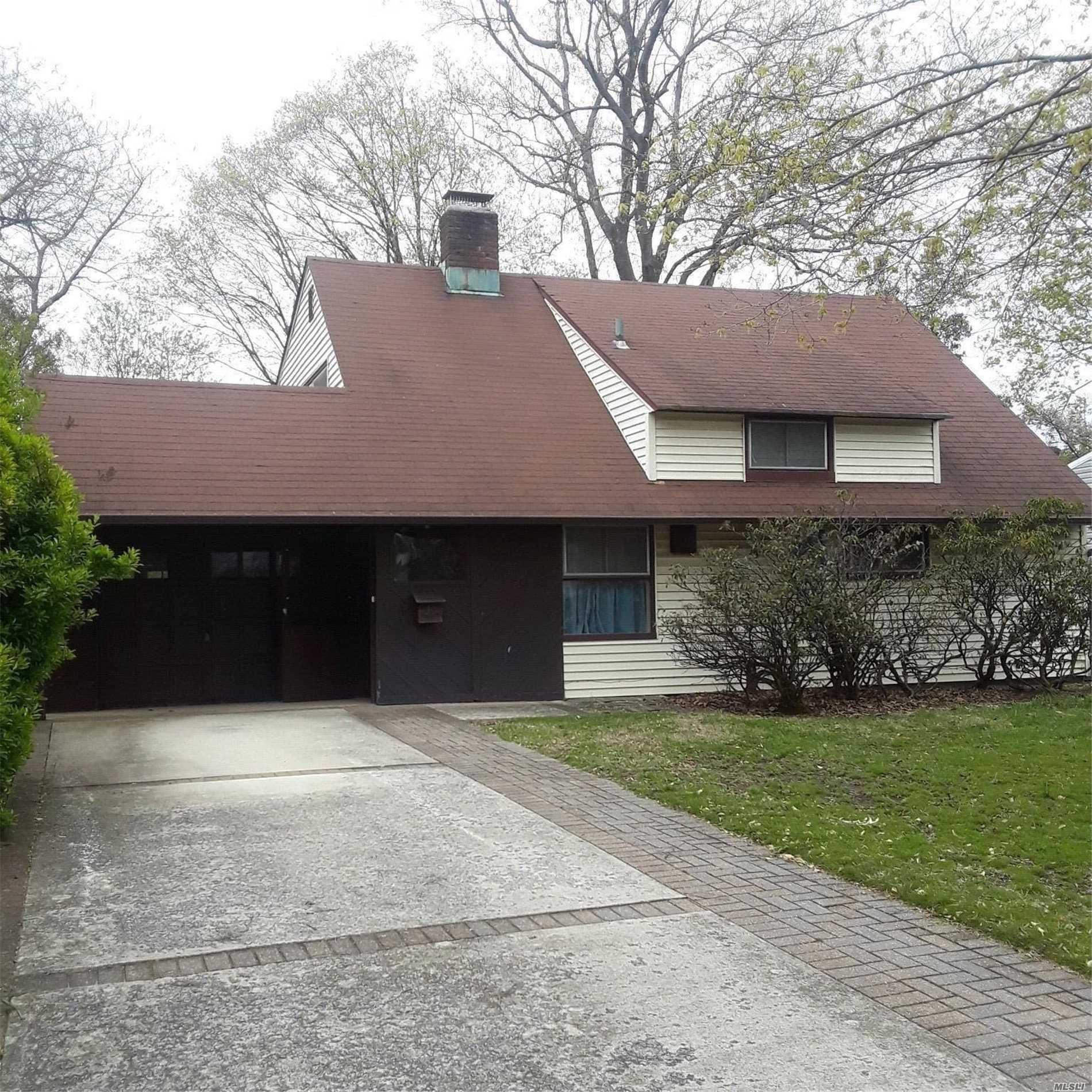 30 Palm Lane, Westbury, NY 11590 - MLS#: 3190502