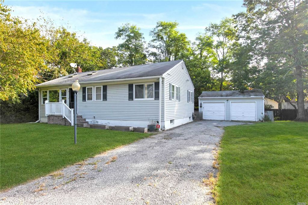 123 Lakeview Drive, Mastic Beach, NY 11951 - MLS#: 3163505