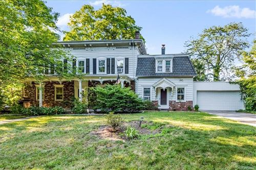 Photo of 582 Scarsdale Road, Tuckahoe, NY 10707 (MLS # H6048509)