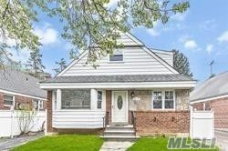 80-31 254th St, Floral Park, NY 11004 - MLS#: 3231509