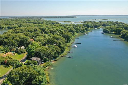 Photo of 32 S Midway Road, Shelter Island, NY 11964 (MLS # 3158515)