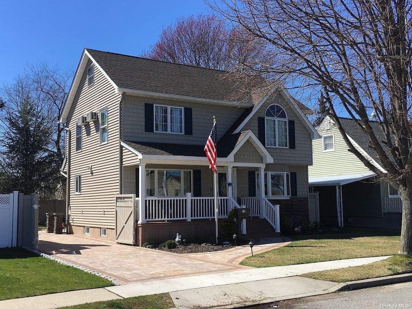 70 Cliff Drive, Hicksville, NY 11801 - MLS#: 3352516