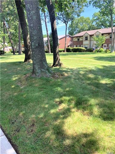 Photo of 11 Glen Hollow Drive #D10, Holtsville, NY 11742 (MLS # 3233517)