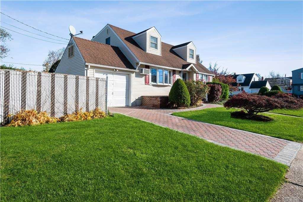 11 Home Lane, Hicksville, NY 11801 - MLS#: 3268517