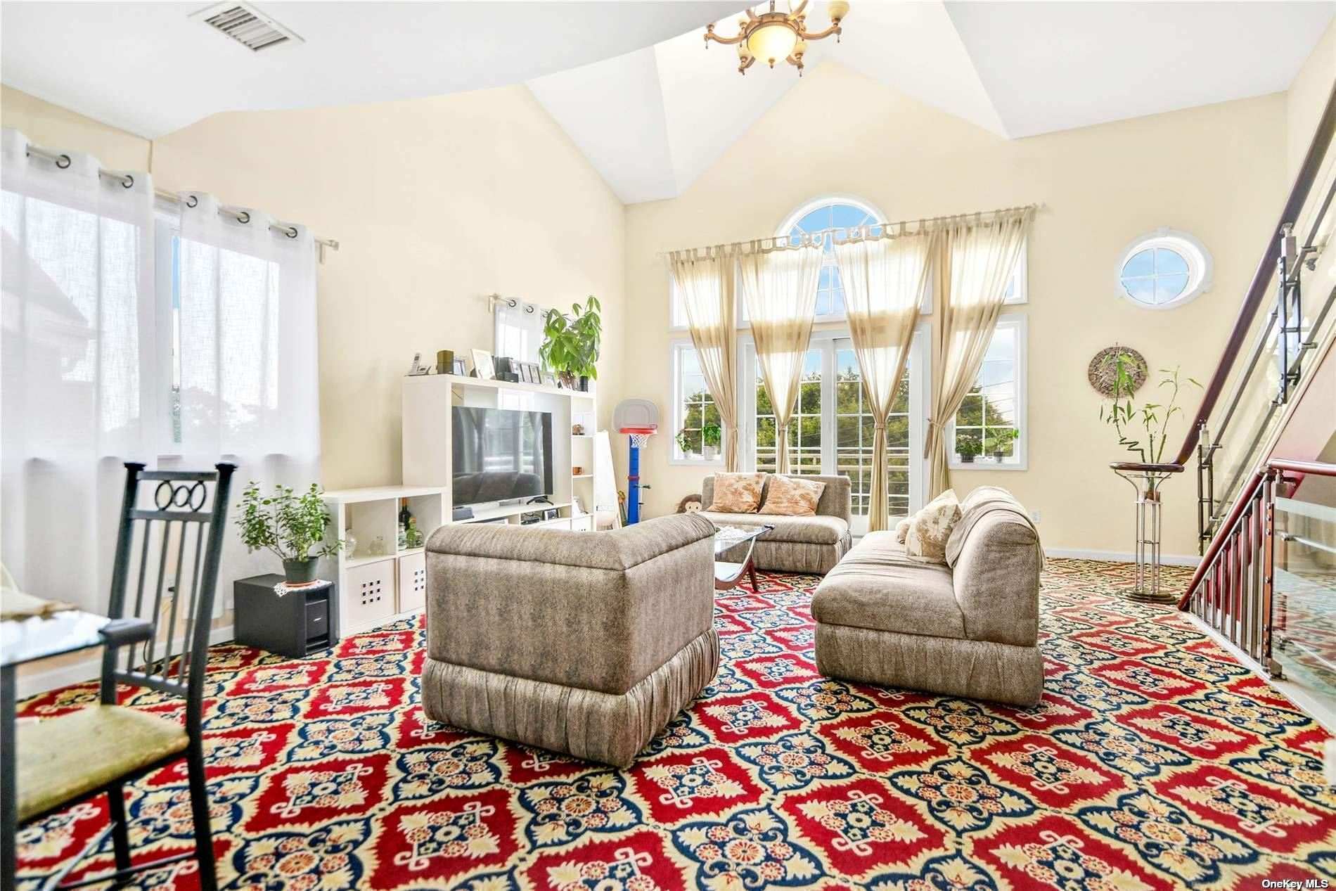 84-33 60 Drive, Middle Village, NY 11379 - MLS#: 3331517