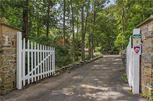 Photo of 84 High Ridge Road, Pound Ridge, NY 10576 (MLS # H6081518)