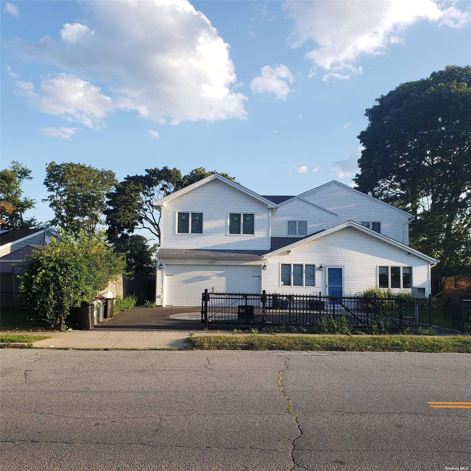 2480 Lawn Drive, East Meadow, NY 11554 - #: 3351518