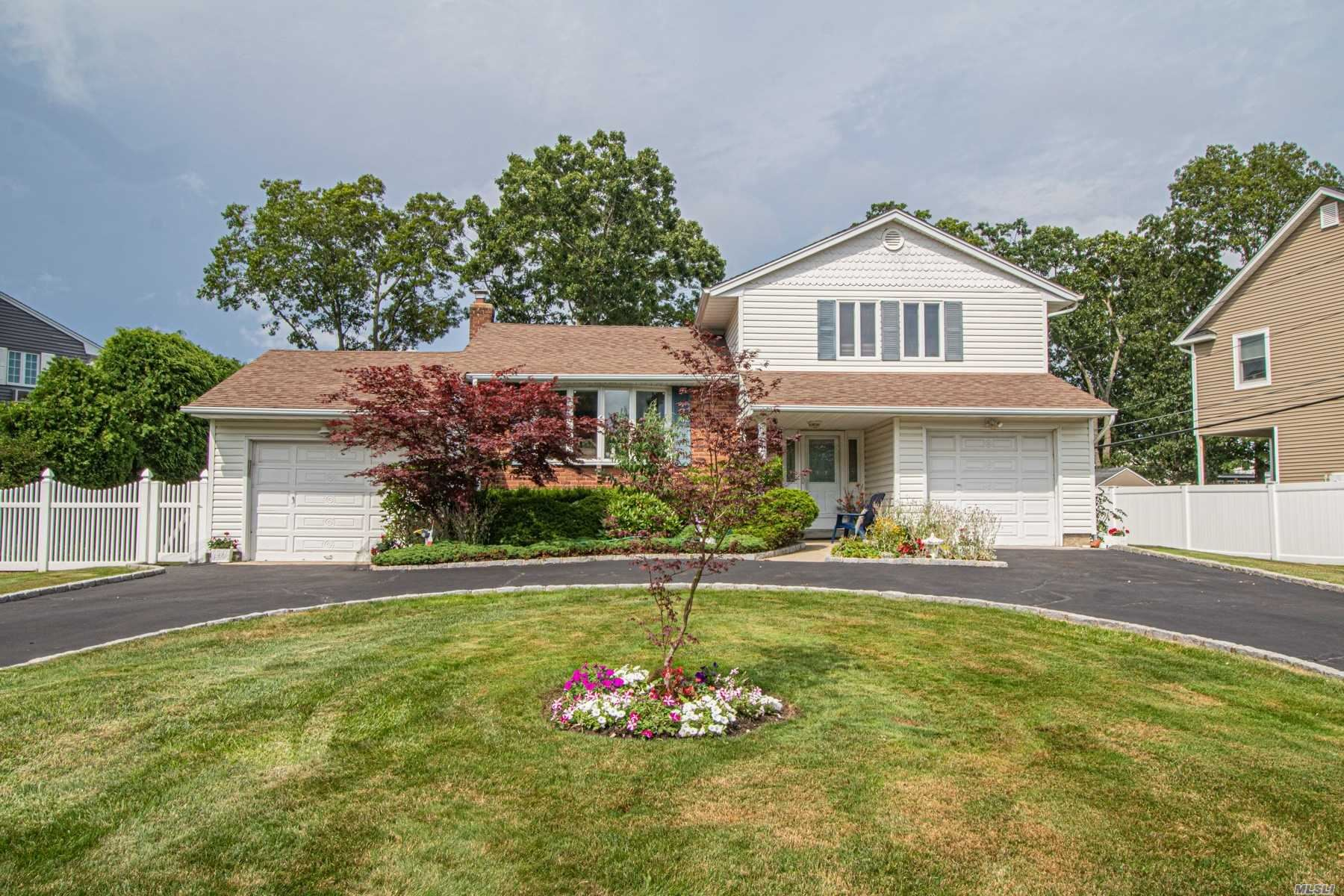 143 Country Village Lane, East Islip, NY 11730 - MLS#: 3234519