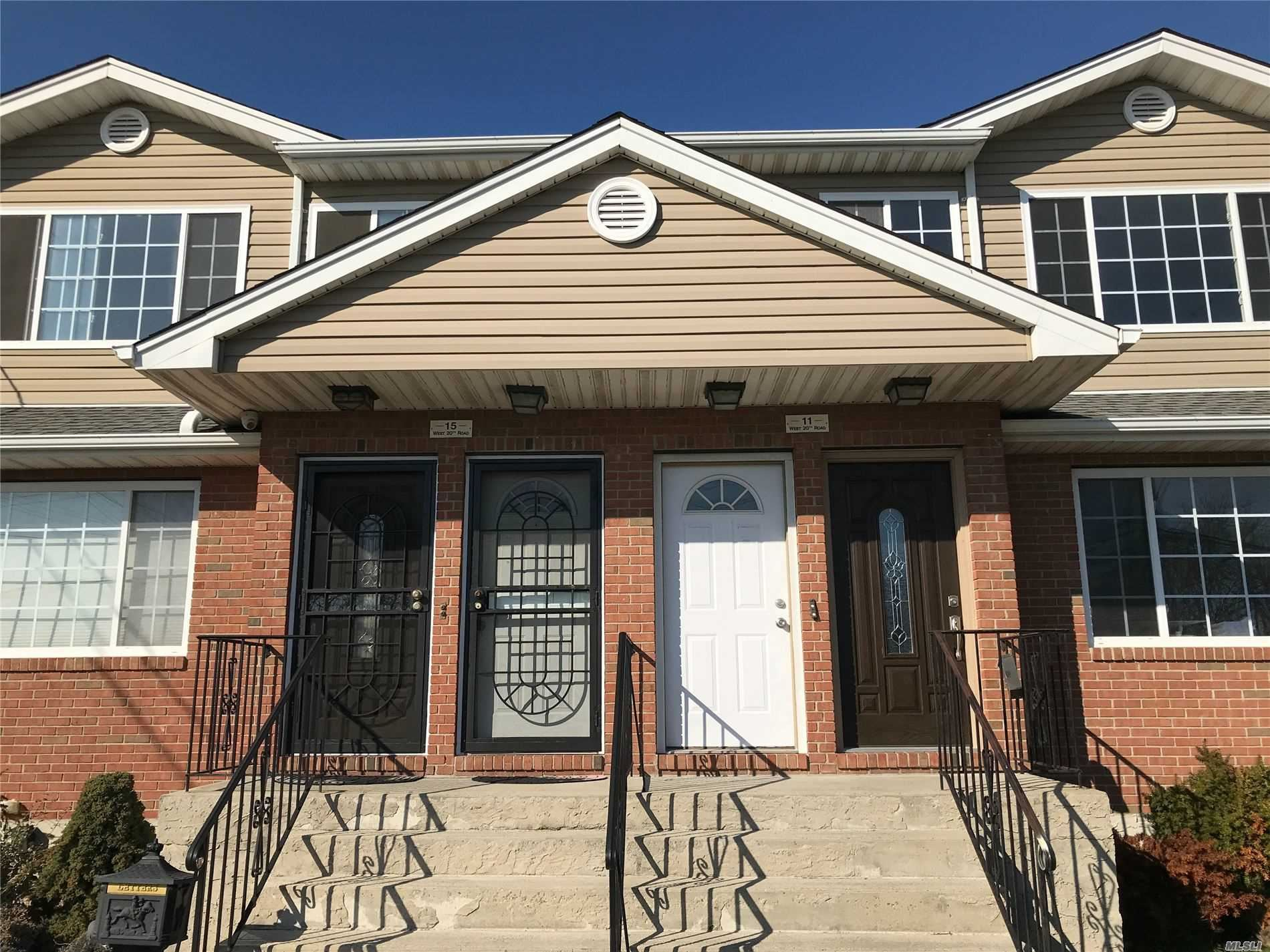 15 W 20 #Upper, Broad Channel, NY 11693 - MLS#: 3206520