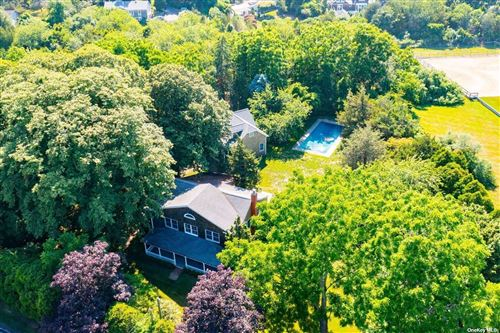 Photo of 930 Head Of Pond Road, Water Mill, NY 11976 (MLS # 3348521)