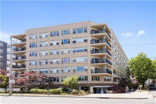 Photo of 12 Old Mamaroneck Road #6D, White Plains, NY 10605 (MLS # H6048521)