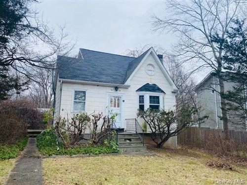 Photo of 98 Walnut Road, Lake Peekskill, NY 10537 (MLS # H6091522)
