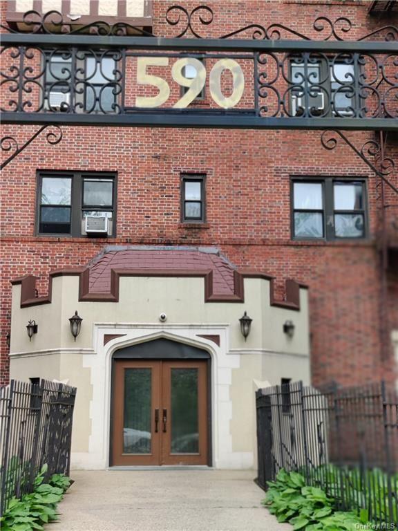 590 E 3rd Street #3A, Mount Vernon, NY 10553 - #: H6125522