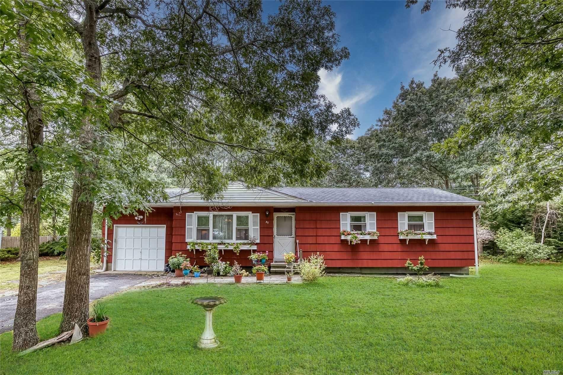 37 Norwood Rd, Hampton Bays, NY 11946 - MLS#: 3241523