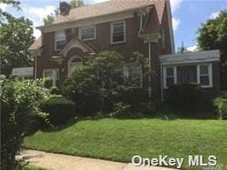 195 Ascan Ave, Forest Hills, NY 11375 - MLS#: 3319523