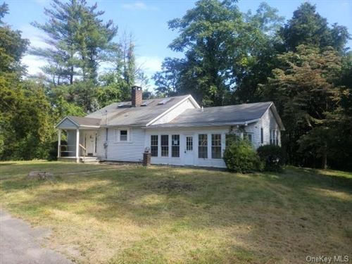 Photo of 5 Hauns Hill Road, Saugerties, NY 12477 (MLS # H6072525)