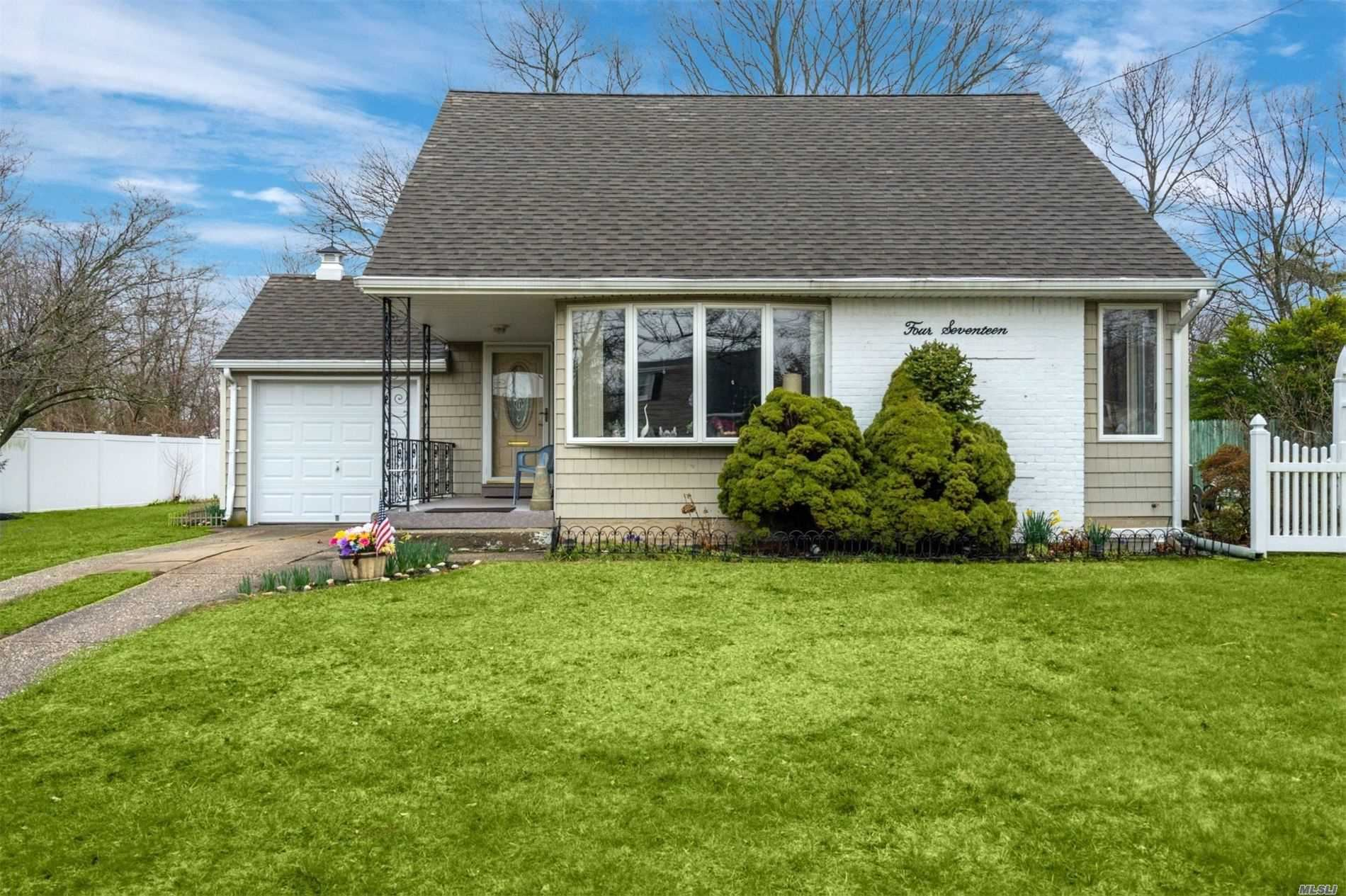 417 Capri Road, West Islip, NY 11795 - MLS#: 3209525