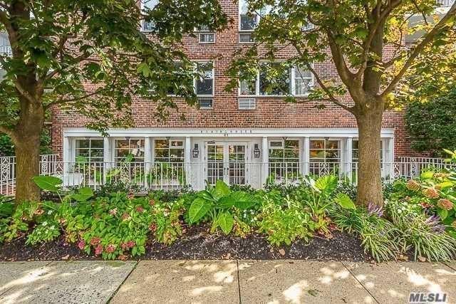 21 Chapel Place #1K, Great Neck, NY 11021 - MLS#: 3262525